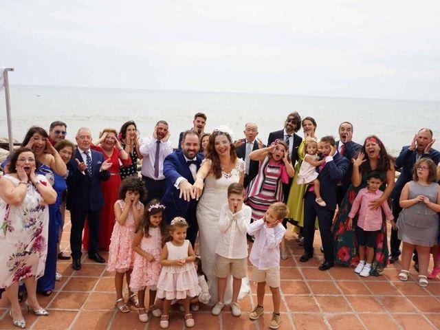 La boda de Rafa y Irene en Benajarafe, Málaga 26