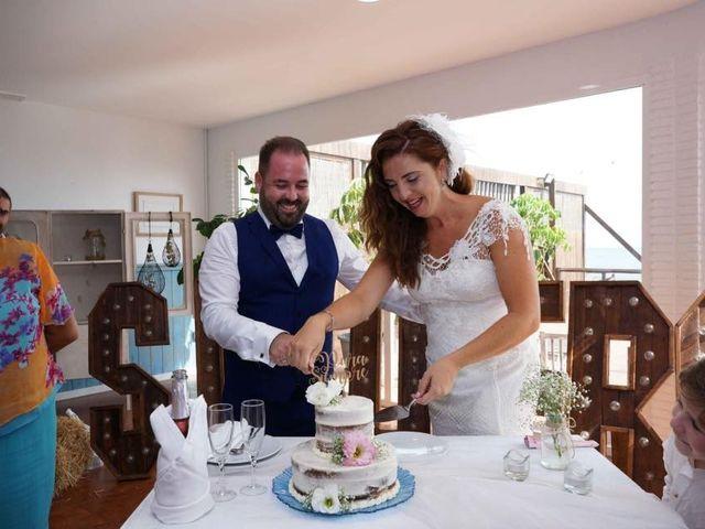 La boda de Rafa y Irene en Benajarafe, Málaga 28