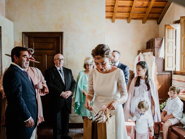 La boda de Isaac y Vanesa en Alba De Tormes, Salamanca 61