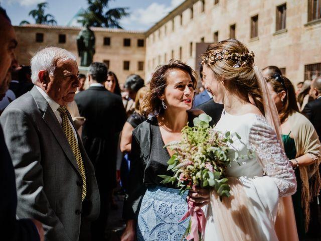 La boda de Isaac y Vanesa en Alba De Tormes, Salamanca 113