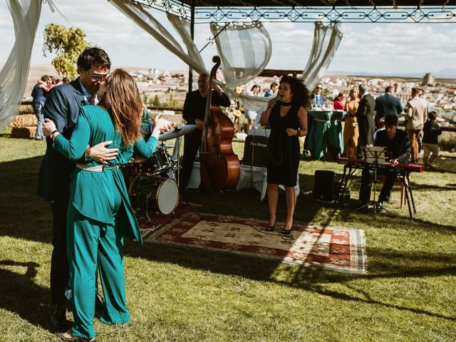 La boda de Isaac y Vanesa en Alba De Tormes, Salamanca 127