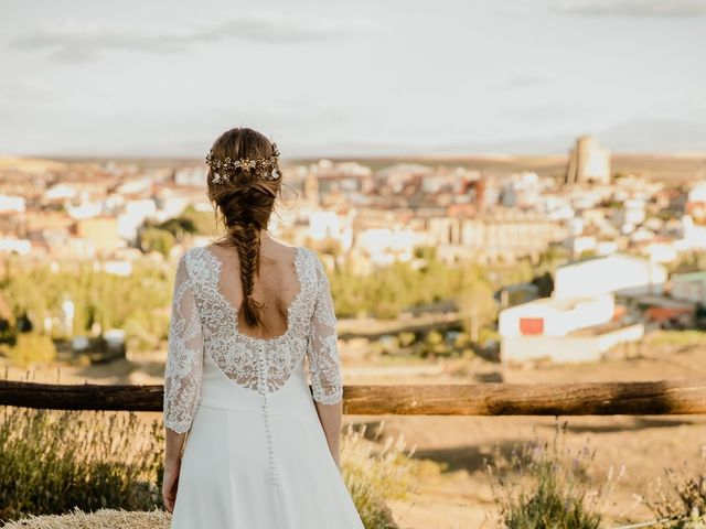 La boda de Isaac y Vanesa en Alba De Tormes, Salamanca 136