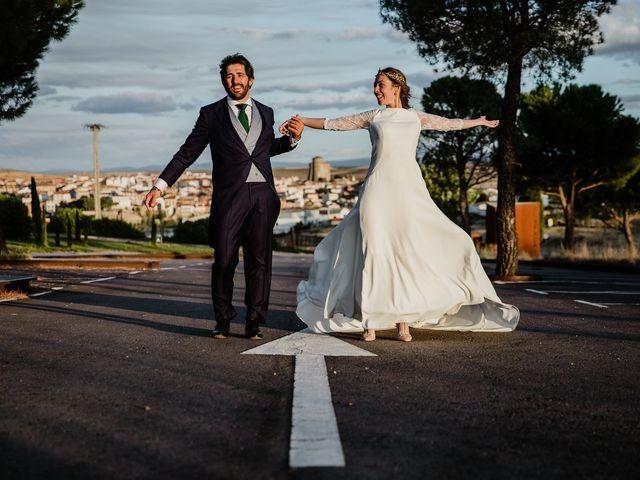 La boda de Isaac y Vanesa en Alba De Tormes, Salamanca 166