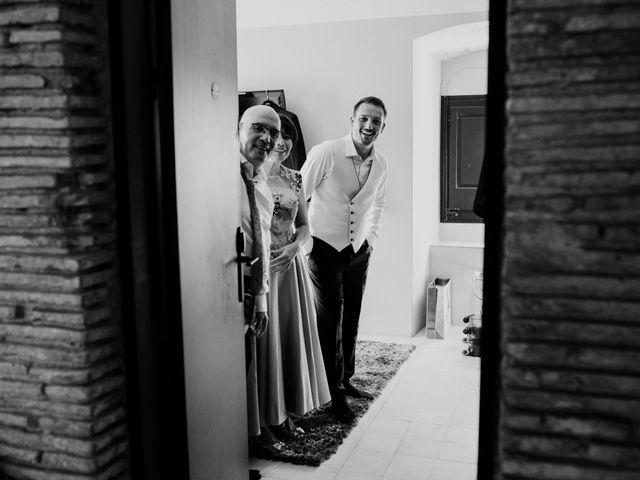 La boda de Marc y Vanesa en La Bisbal d'Empordà, Girona 17