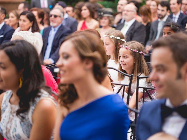 La boda de Javier y Rebeca en Torrejón De Ardoz, Madrid 15