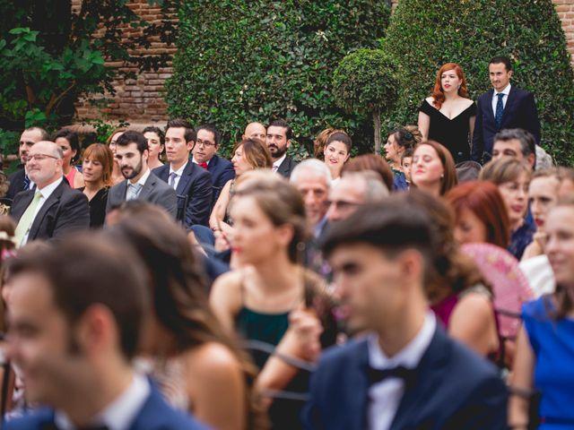 La boda de Javier y Rebeca en Torrejón De Ardoz, Madrid 16