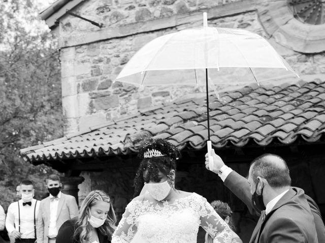 La boda de Stefania y Adrian en La Belga (Viella-siero), Asturias 12