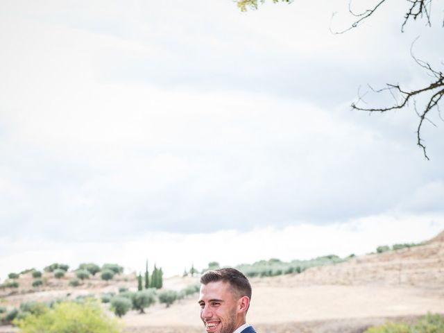 La boda de Isaac y Natalia en Chinchon, Madrid 24