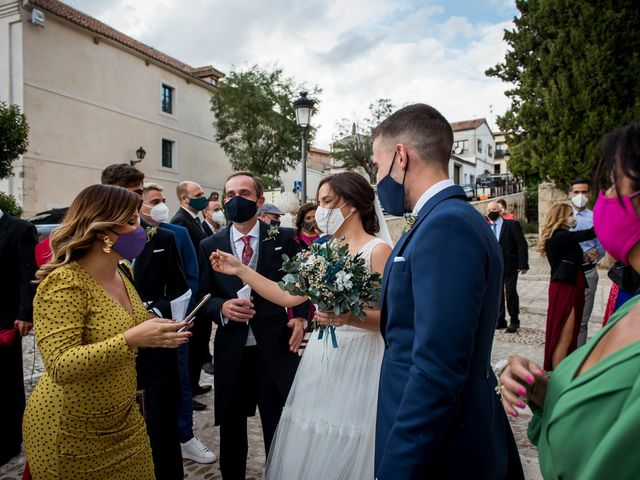 La boda de Isaac y Natalia en Chinchon, Madrid 70