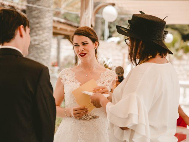 La boda de David y Gloria en Castelló/castellón De La Plana, Castellón 18