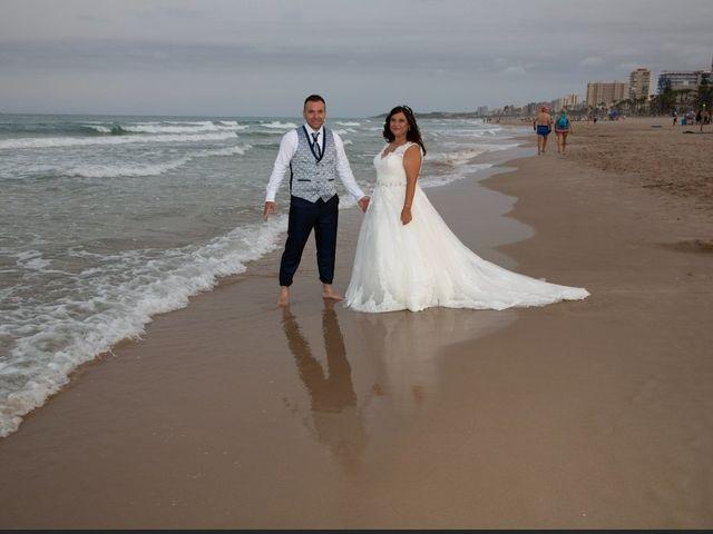 La boda de Raúl  y Maria en Villarrobledo, Albacete 13