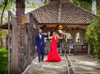 La boda de Esme y Rosco