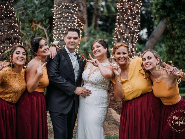 La boda de Aaron y Darlenys en Santa Cruz De Tenerife, Santa Cruz de Tenerife 33
