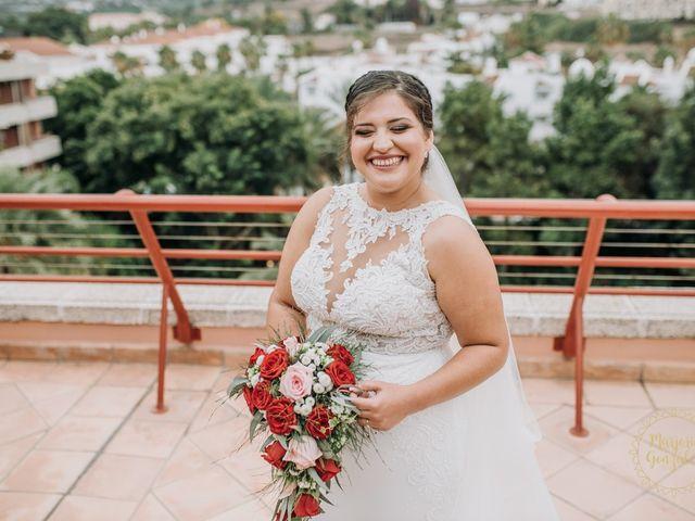 La boda de Aaron y Darlenys en Santa Cruz De Tenerife, Santa Cruz de Tenerife 38