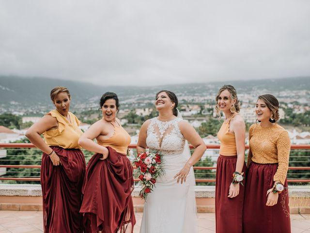 La boda de Aaron y Darlenys en Santa Cruz De Tenerife, Santa Cruz de Tenerife 39