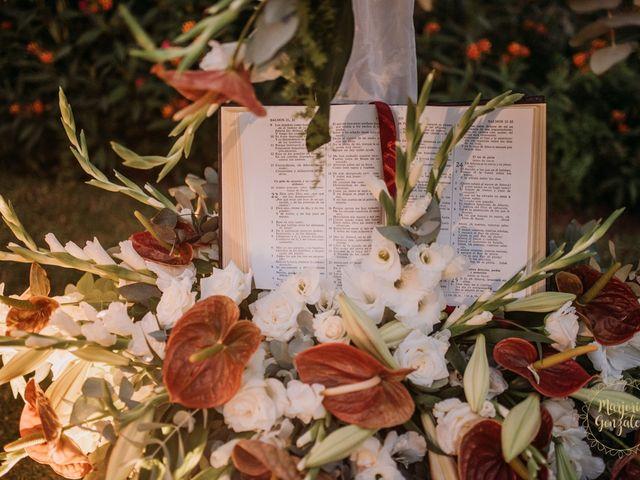 La boda de Aaron y Darlenys en Santa Cruz De Tenerife, Santa Cruz de Tenerife 40