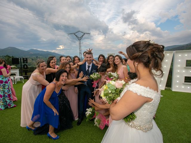 La boda de Jony y Monica en Vilamartin De Valdeorras, Orense 82