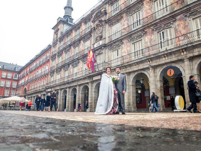 La boda de Alberto y Sandra en Madrid, Madrid 19