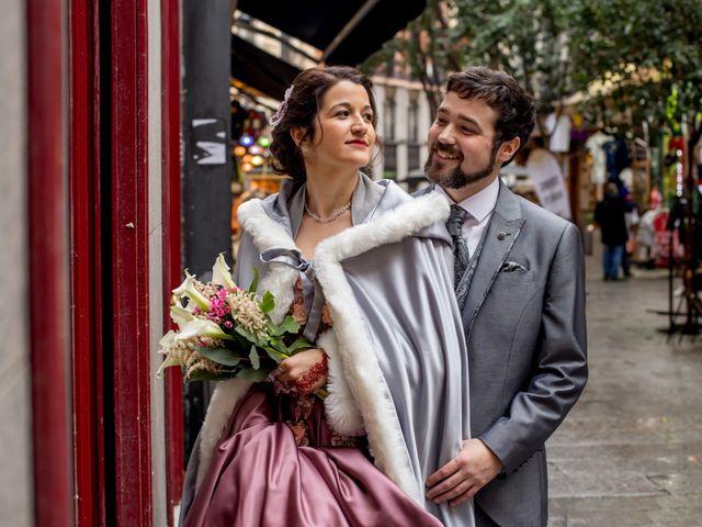 La boda de Alberto y Sandra en Madrid, Madrid 24
