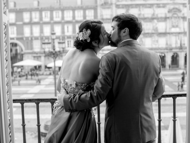 La boda de Alberto y Sandra en Madrid, Madrid 33