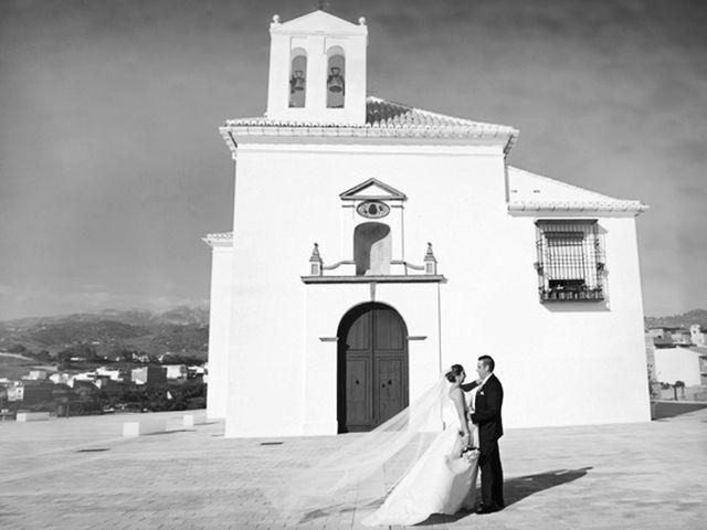 La boda de Manolo y Lorena en Velez Malaga, Málaga 12
