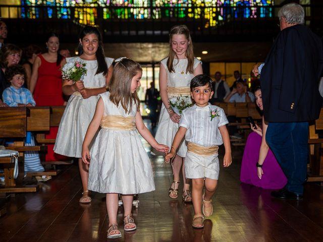 La boda de Rubén y Ainhoa en La Virgen Del Camino, León 25