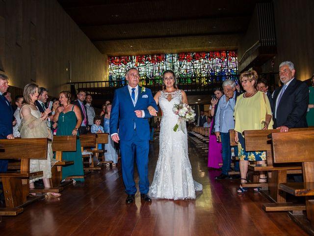 La boda de Rubén y Ainhoa en La Virgen Del Camino, León 26