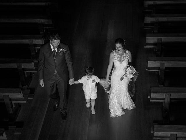 La boda de Rubén y Ainhoa en La Virgen Del Camino, León 35