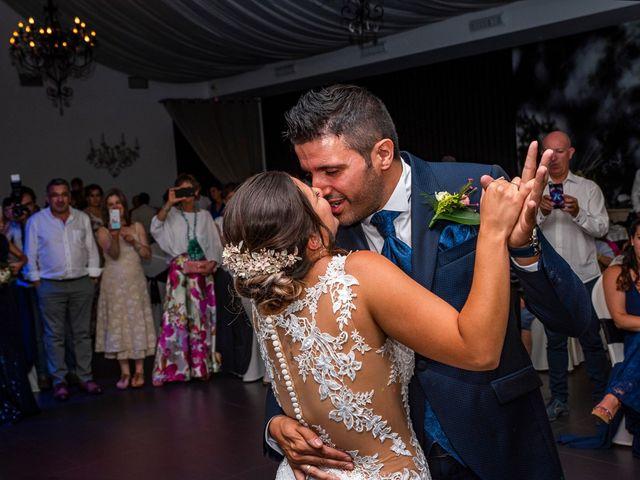 La boda de Rubén y Ainhoa en La Virgen Del Camino, León 53