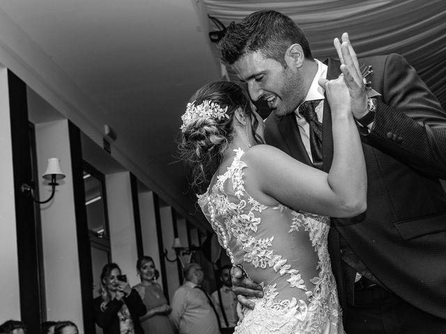 La boda de Rubén y Ainhoa en La Virgen Del Camino, León 54