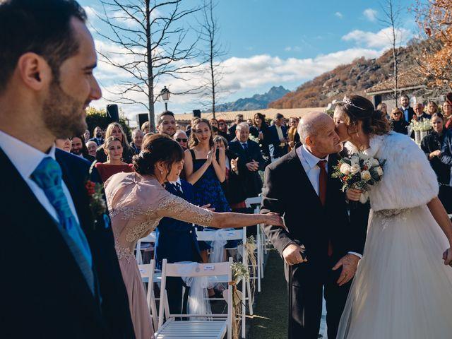La boda de David y Juani en Miraflores De La Sierra, Madrid 15