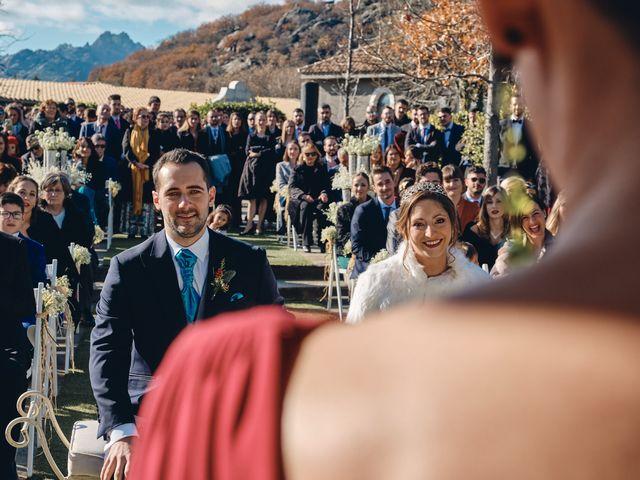La boda de David y Juani en Miraflores De La Sierra, Madrid 25