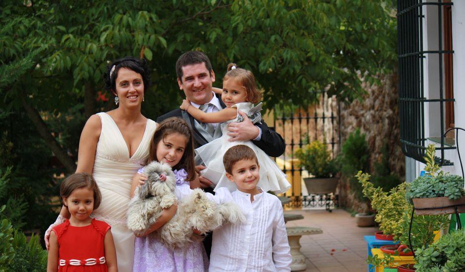 La boda de Lucía y Iñaki en Villanueva Del Arzobispo, Jaén