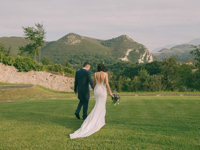 La boda de Emilio y Cristina en Las Caldas, Asturias 44