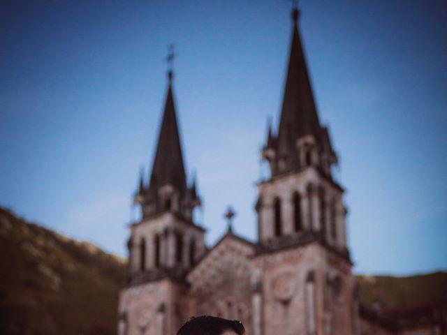 La boda de Jaime y Rosalia en Oviedo, Asturias 19