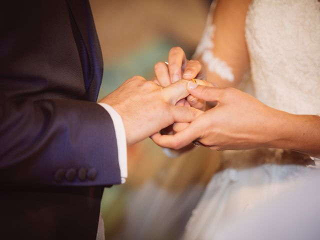 La boda de Jaime y Rosalia en Oviedo, Asturias 15