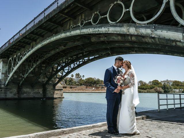 La boda de Juanfri y Miryam en Sevilla, Sevilla 42