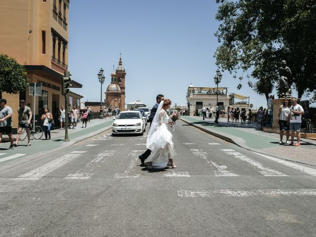 La boda de Juanfri y Miryam en Sevilla, Sevilla 44