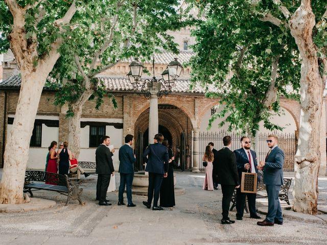La boda de Alfonso y Irene en Pueblo Los Cerralbos, Toledo 54