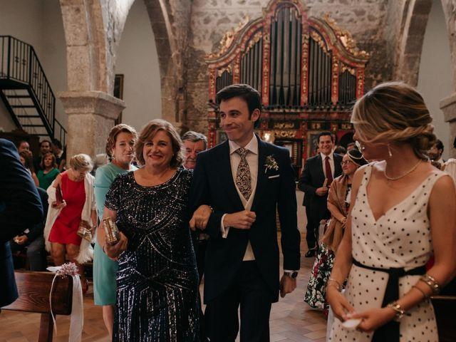 La boda de Alfonso y Irene en Pueblo Los Cerralbos, Toledo 57