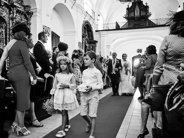 La boda de Francisco y Nieves en Valencia Del Ventoso, Badajoz 10