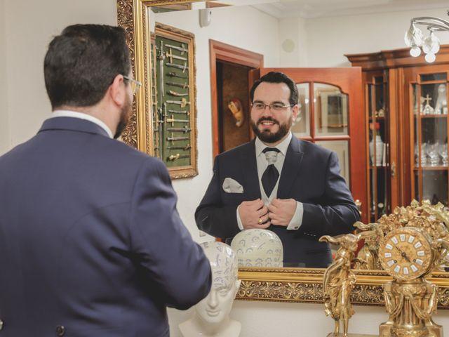 La boda de Ana y Fernando en Sevilla, Sevilla 11