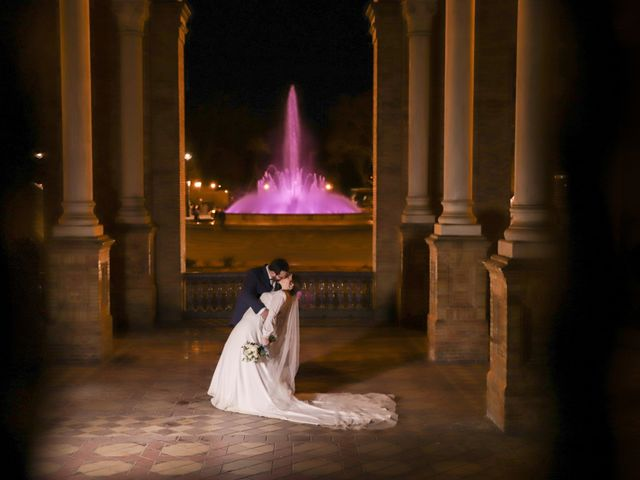 La boda de Ana y Fernando en Sevilla, Sevilla 2
