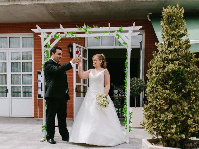 La boda de Jose Carlos y Laura en Arroyo De La Encomienda, Valladolid 16