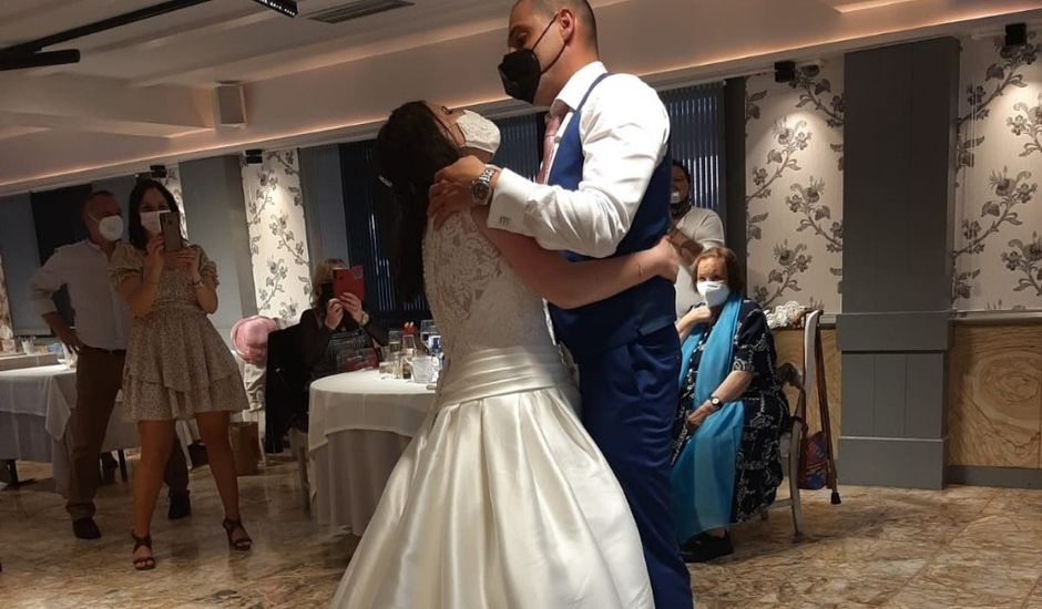 La boda de Ivan y Maitane en Portugalete, Vizcaya