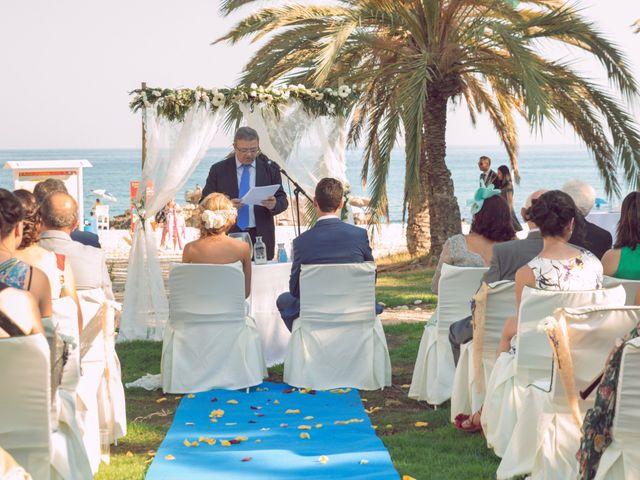La boda de Juan Manuel y Lidia en La/villajoyosa Vila Joiosa, Alicante 9