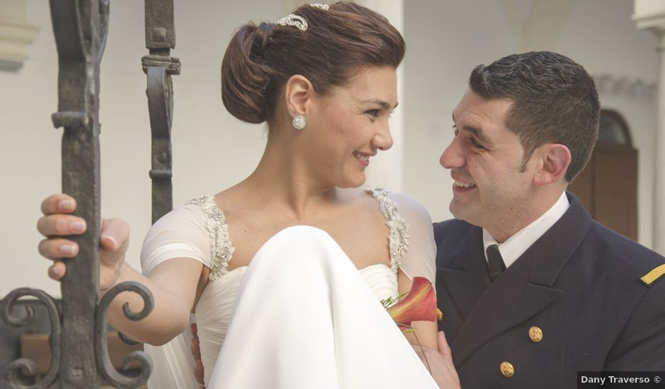 La boda de Luis Miguel y Tatiana en Chiclana De La Frontera, Cádiz