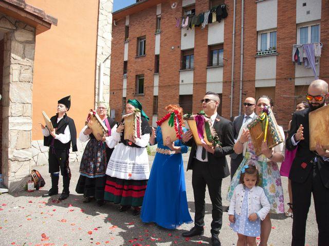 La boda de Luis Ángel y Olaya en Mieres, Asturias 23