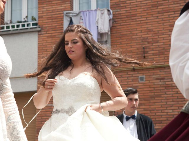 La boda de Luis Ángel y Olaya en Mieres, Asturias 27