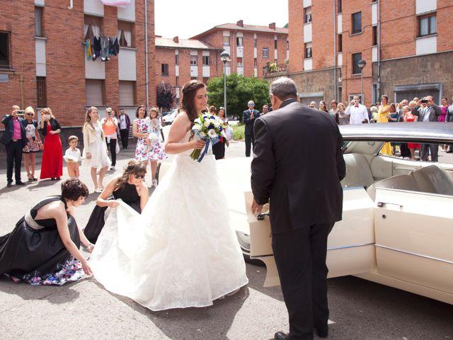 La boda de Luis Ángel y Olaya en Mieres, Asturias 31